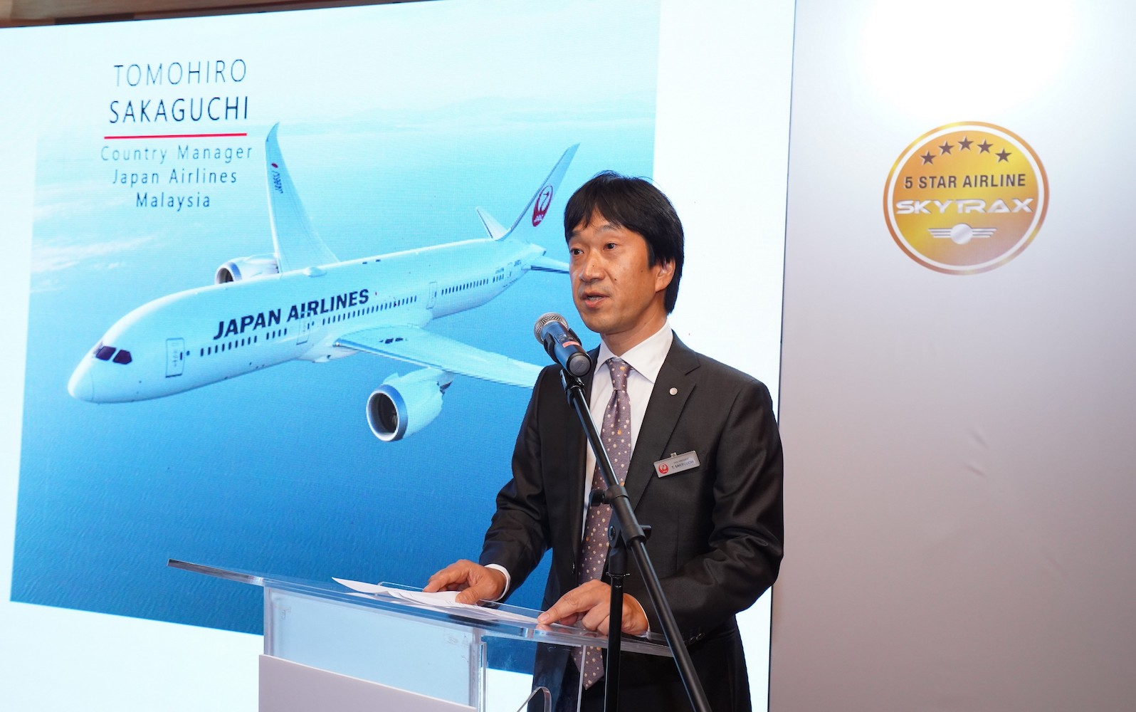 Tomohiro Sakaguchi, Vice President/Country Manager of Japan Airlines