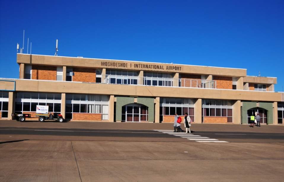 World's Smallest Airports